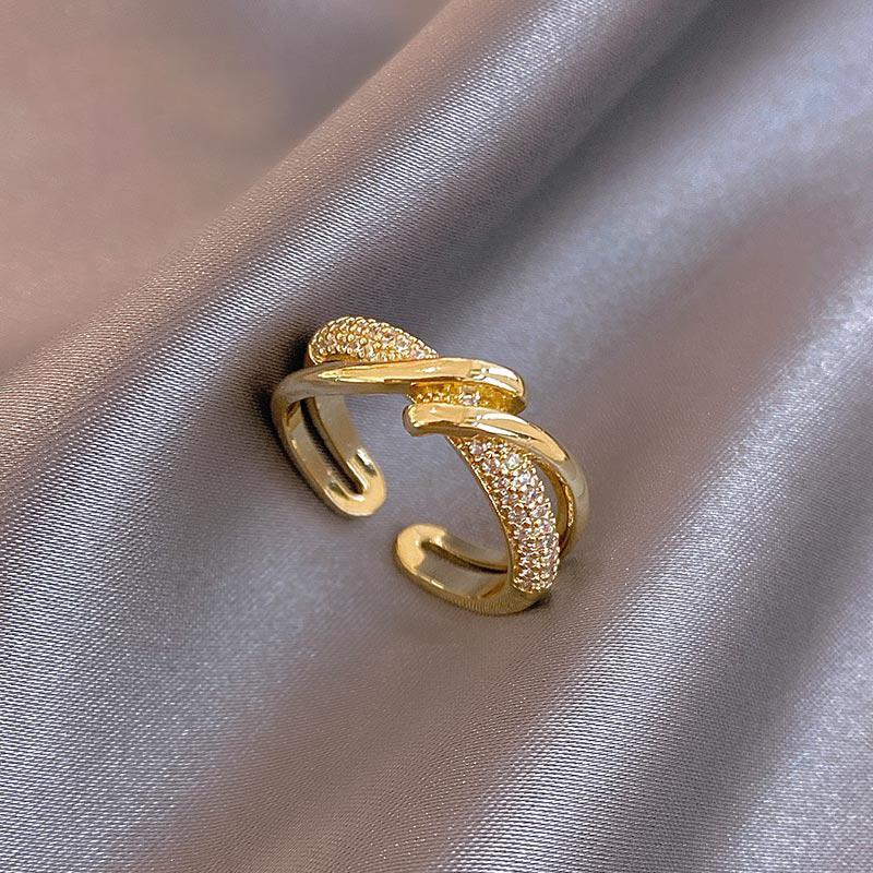 Avanzado Sense Metal Oro Anillos de apertura para mujer Diseño Joyería de moda coreana Accesorios góticos Chicas Juego de anillos inusuales
