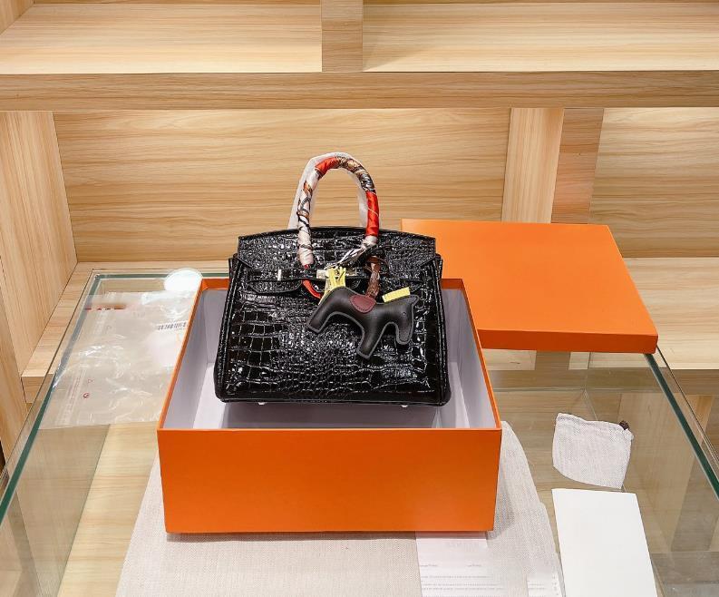 여자 핸드백 특별 디자이너 가방 여성 가방 패션 가방 파티 레트로 스카프 특허 가죽