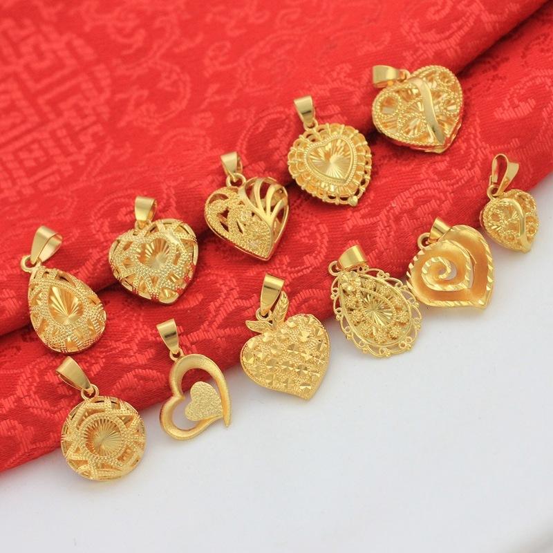 Nuevo amor en forma de corazón Vietnam Shajin Heart Heart Clavícula Collar Colgante Latón de oro duradero de las mujeres