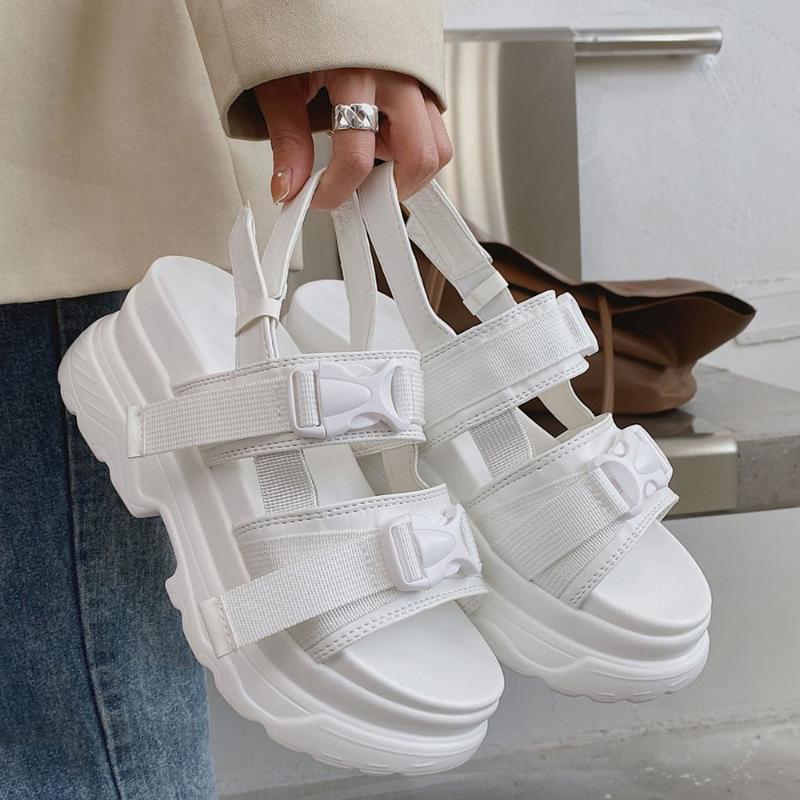 Sandals 2021 Leisure Cool Street Style White Black Gladiator Chunky Heels Brand Platform Comfy Walking Summer Shoes Woman