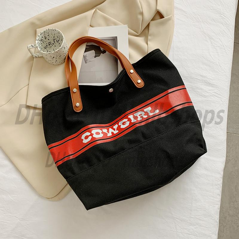 Sacs à bandoulière Luxurys Designers Haute Qualité Mode Femme Handbags Handbags Portefeuilles Lady Embrayage Toile Sac à provisions Sac à main 2022 Toot Cross Corps Sac à main