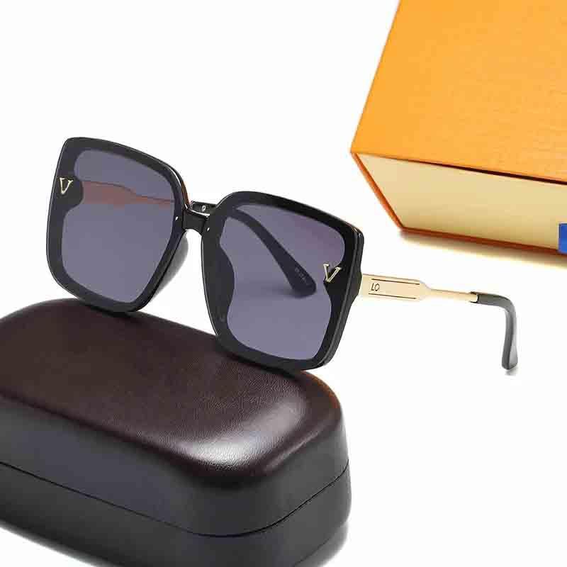 2021 المصمم الساخن النظارات الشمسية ماركة 30105 نظارات حماية الأشعة فوق البنفسجية في الهواء الطلق حامل الكلاسيكية السيدات النظارات الشمسية الفاخرة