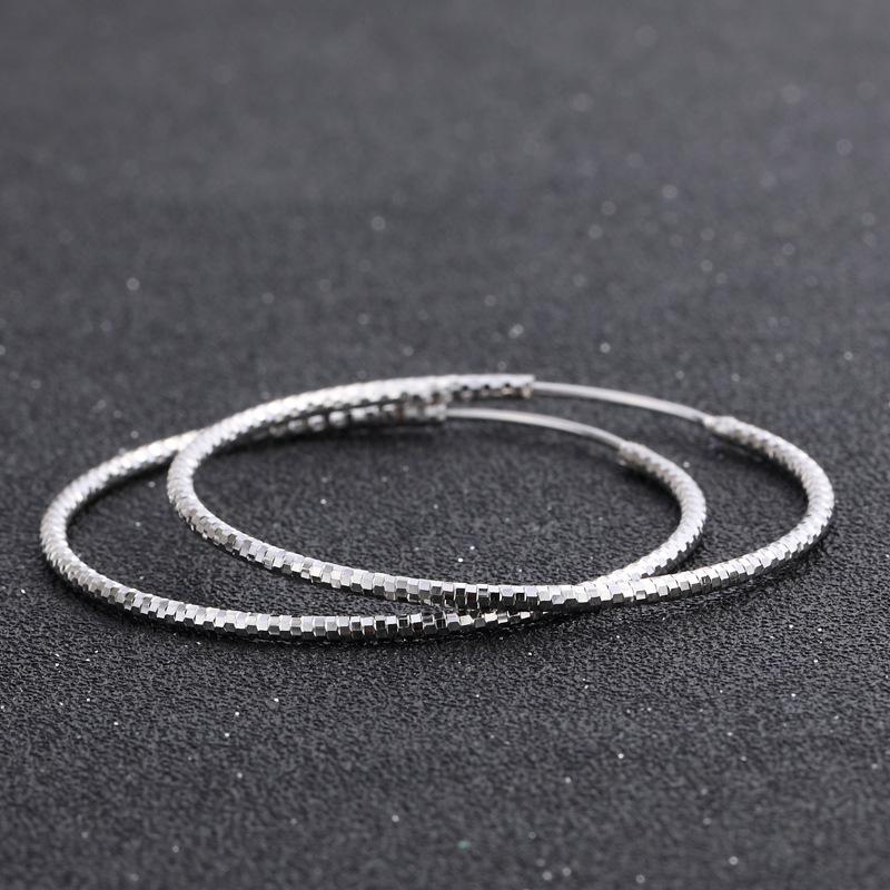 Personnalité de la mode coréenne Big cercle Boucles d'oreilles S925 Silver Simple Sweet Net Sweet Surface Ronde Boucles d'oreilles Boucles d'oreilles pour femmes