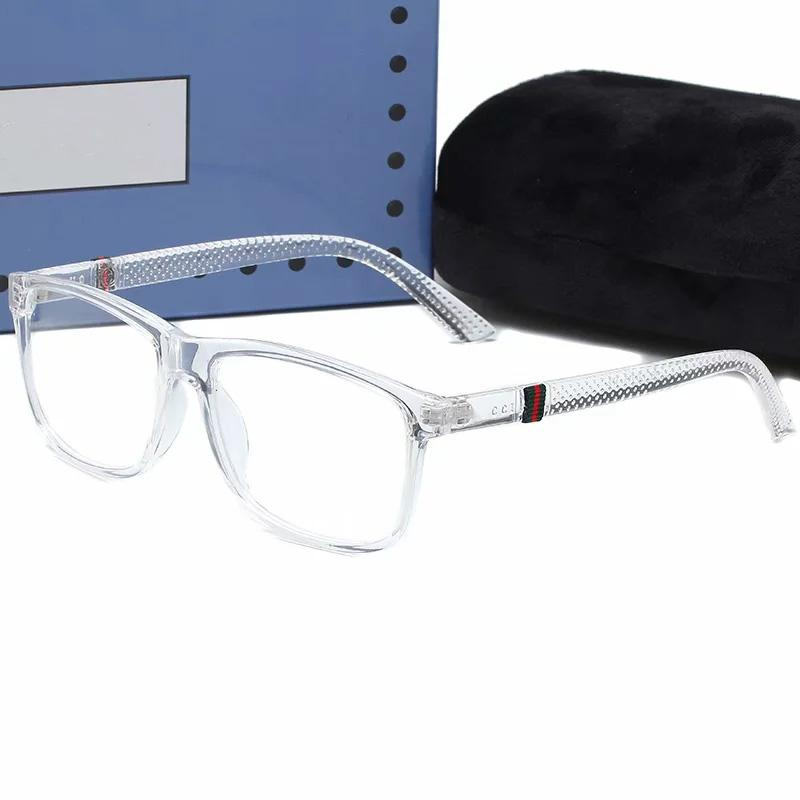 Estilo caliente Nuevo 867 hombres y mujeres Moda Marco cuadrado Gafas de sol Gafas de controles Moda Classic Glasses