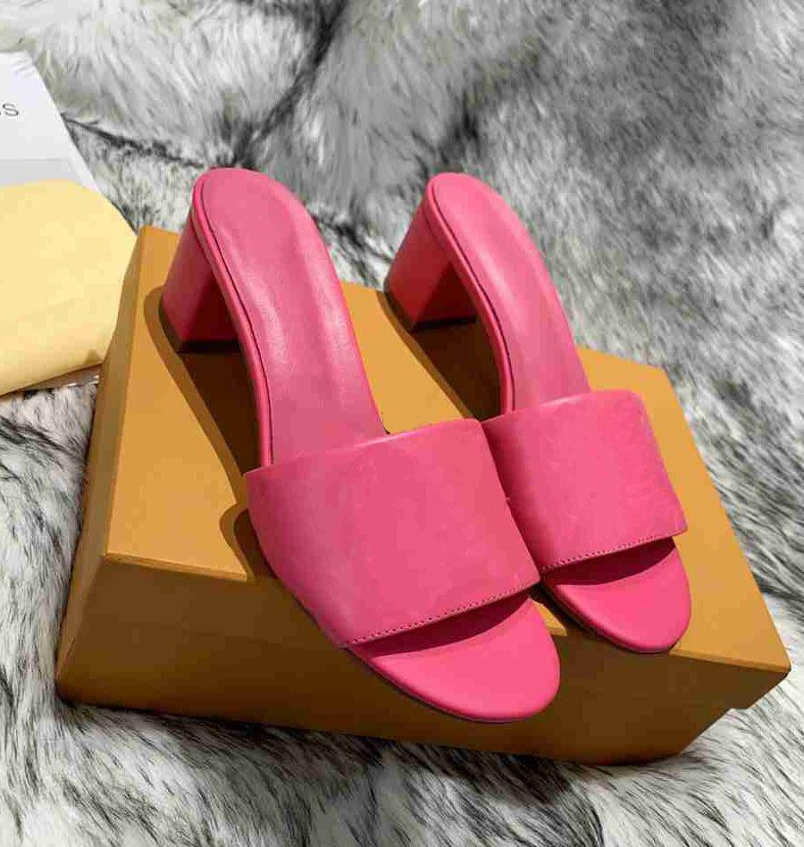 Louis Vuitton L 2021 Sandalias de alta calidad Verano Toe abierto Tacones altos zapatillas Sandalias de boda para mujer Tacones de cuero 06