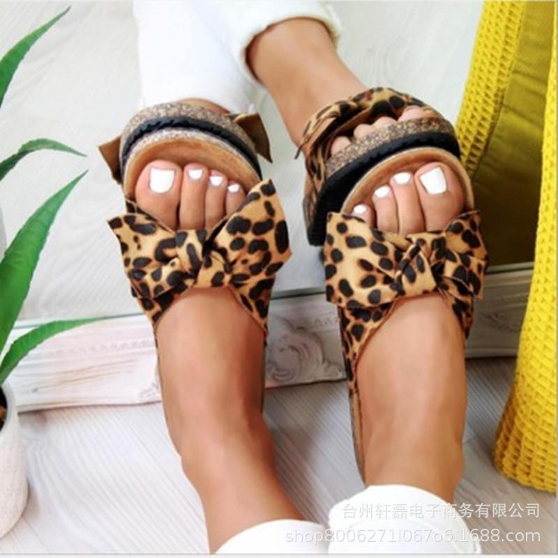 2021 Verano Nuevo Bowknot Bowknot Suede Leopard Estampado Coreano Lazy Slippers para mujeres