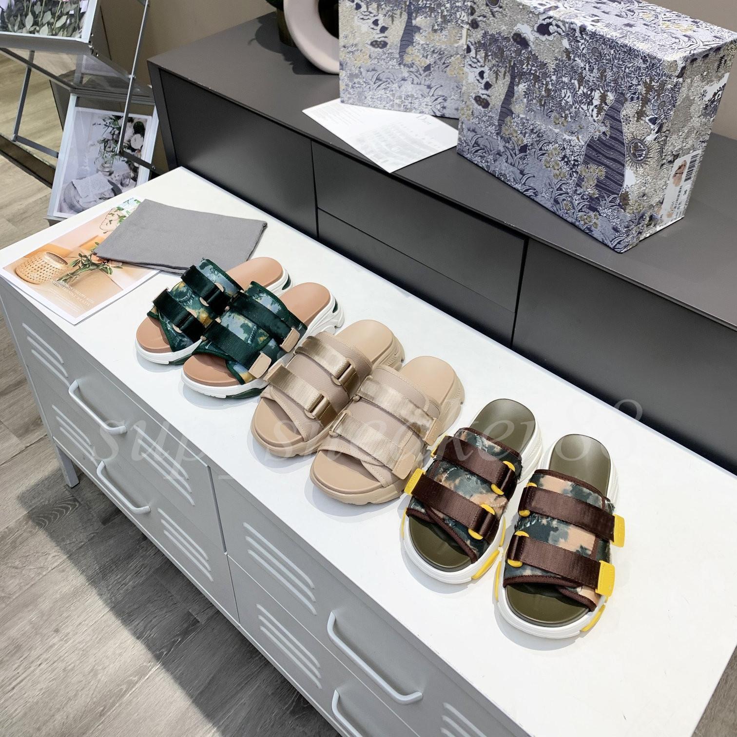 2021 Sandalias Zapatillas Oro Patente Inlaid Para Mujer Tobillo Lace Up Mujeres Gruesa Parte Impermeable Plataforma Falda de fiesta de tacón alto con zapato de caja