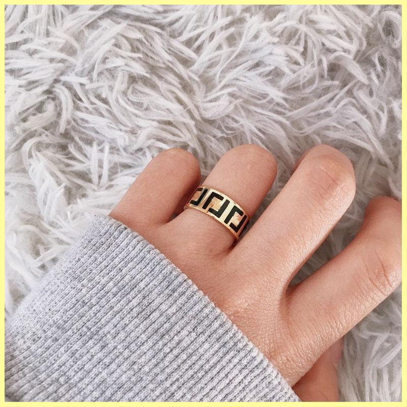 Luxurys Designers Ring Jewelry Designer Mens Rings Engagements For Women Love Ring Letter F Brand Gold Ring Necklaces Wholesale 21081004R