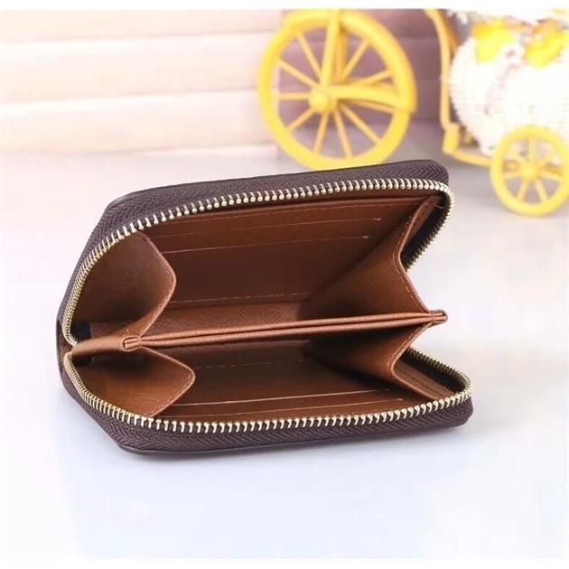 أكياس جلدية نادرة صغيرة مصممين فاخرة نساء محفظة واحدة سستة الرجال محفظة الأزياء قصيرة محفظة حاملي بطاقة أفضل اكسسوارات الأزياء