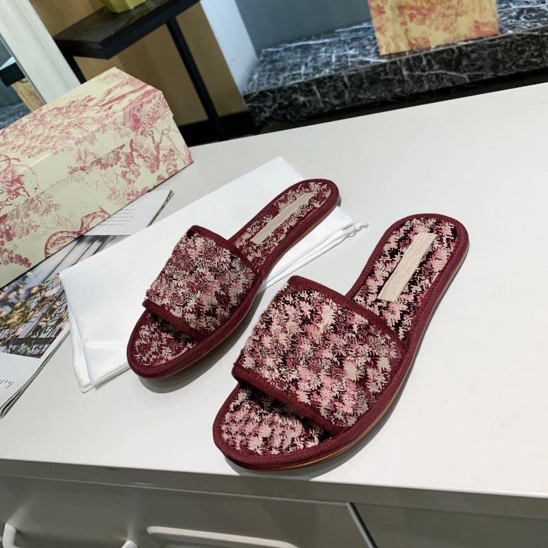 Pantoufles Femmes Femmes Fashion Plat Slides Flip Flop Haute Qualité Chaussures décontractées Été Sandale d'intérieur Sandale antidérapante Flops Flops Slide Slipper