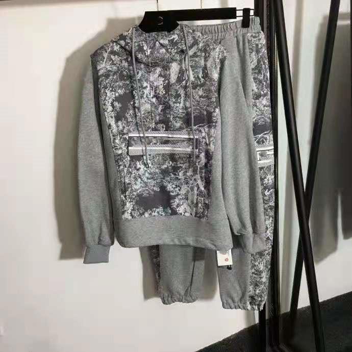 405 2021 primavera estate incappucciata grigio due pezzi set da due pantaloni da donna a due pezzi pullover manica lunga marca Stesso stile moda maglione Faluolan