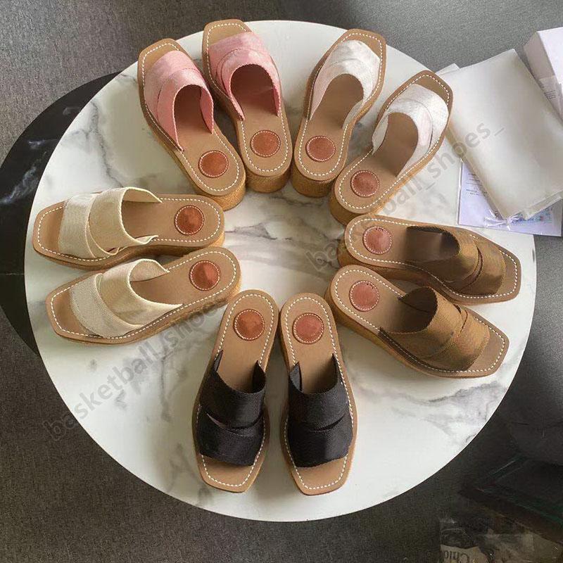 Verão de luxo Mulheres Mulheres Plataforma Chinelos Bordados Bordado Flats Woman Shoes Fisherman Senhoras Sandálias Tamanho 35-42