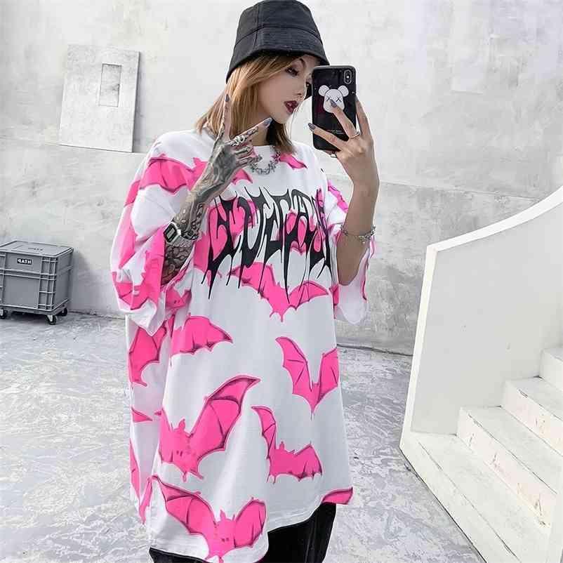 Rosa Bat Graphic Tees Mulheres Punk Camiseta Gótico Superized T Camisa Streetwear Verão Goth Roupas Oversize Tshirt Moda Top 210320