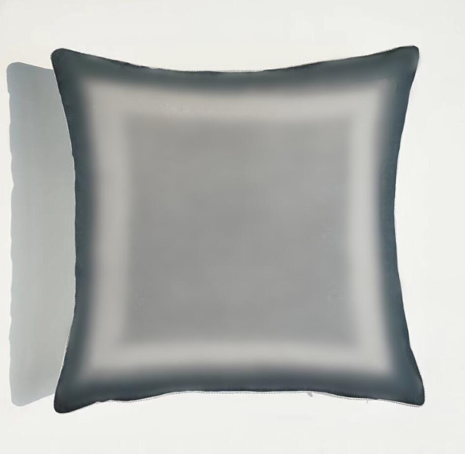 Caja de almohada gris Cubiertas retro Cubiertas de material suave Tiro Cuadrado Funda de almohada Cubra 45 * 45 cm Pillowcasas para hombres y mujeres
