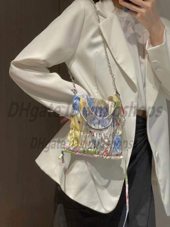 Sacs à bandoulière Designers de luxe Haute Qualité Mode Femme Handbags Backbags Portefeuilles Pour La Médicale Pochette Chaîne Porte-monnaie 2021 Toes Cross Corps