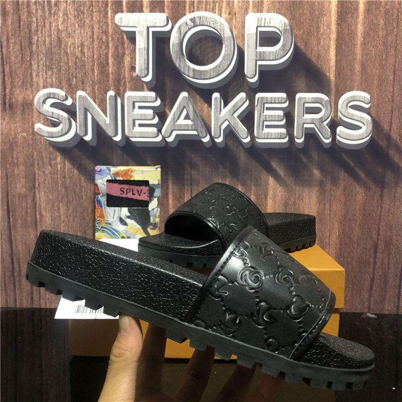 En Kaliteli Erkekler Kadınlar Kauçuk Terlik Tasarımcı Kaydırıcılar Ayakkabı Slayt Yaz Plaj Açık Serin Terlik Moda Geniş Ladys Düz Çevirme Kutusu Boyutu EUR36-EUR45