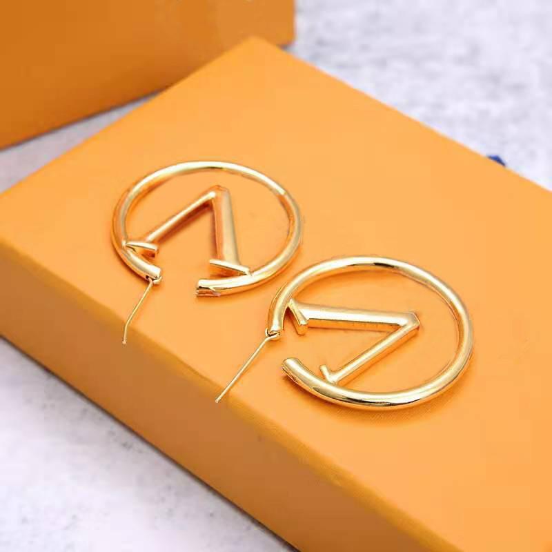 Neue Mode Womens Große Kreis einfache Ohrringe Hoop Ohrringe für Frau Hohe Qualität 01