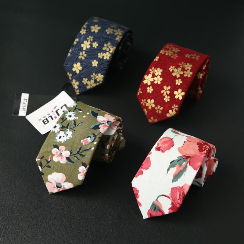 Erkekler için 7 cm Boyun Kravat Çiçek Baskılı Kravat Pamuk Dar Düğün Parti Cravat Örgün Kravatlar Özel Logo Bağları
