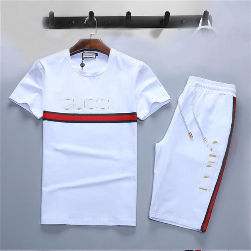 2021 망 여름 Tracksuit 패션 풀오버 티셔츠 클래식 트렌드 반바지 스포츠 복장 디자이너 라운드 넥 흑인과 백인 여성 여성 정장 땀 복장