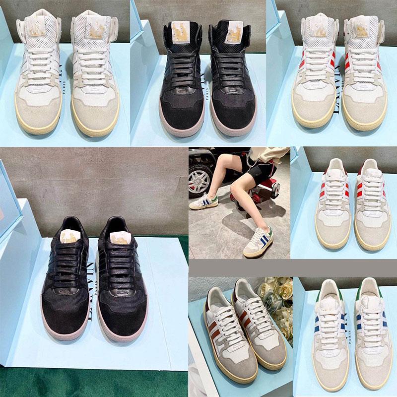 Front Trainer Designer Casual Schuhe Herren / Damen Kälber Leder Flache Turnschuhe Top Qualität Schwarz Rot Weiß Lace Up Mode Schuhe