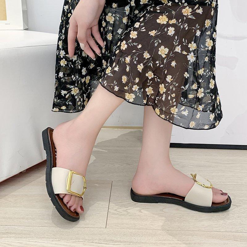 Moda resistencia a la resistencia ligera suave suave zapatillas de cuero negro zapatos de verano Sandalias de verano Sandalias antideslizantes