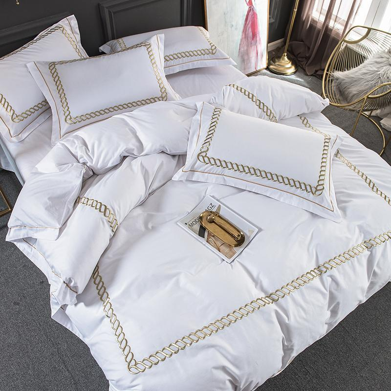 35 White Cotton Luxury Hotel/home Bedding Set King Queen Size Bed Set Bedsheets Linen Set Embroidery Duvet Cover Pillowcase T200826