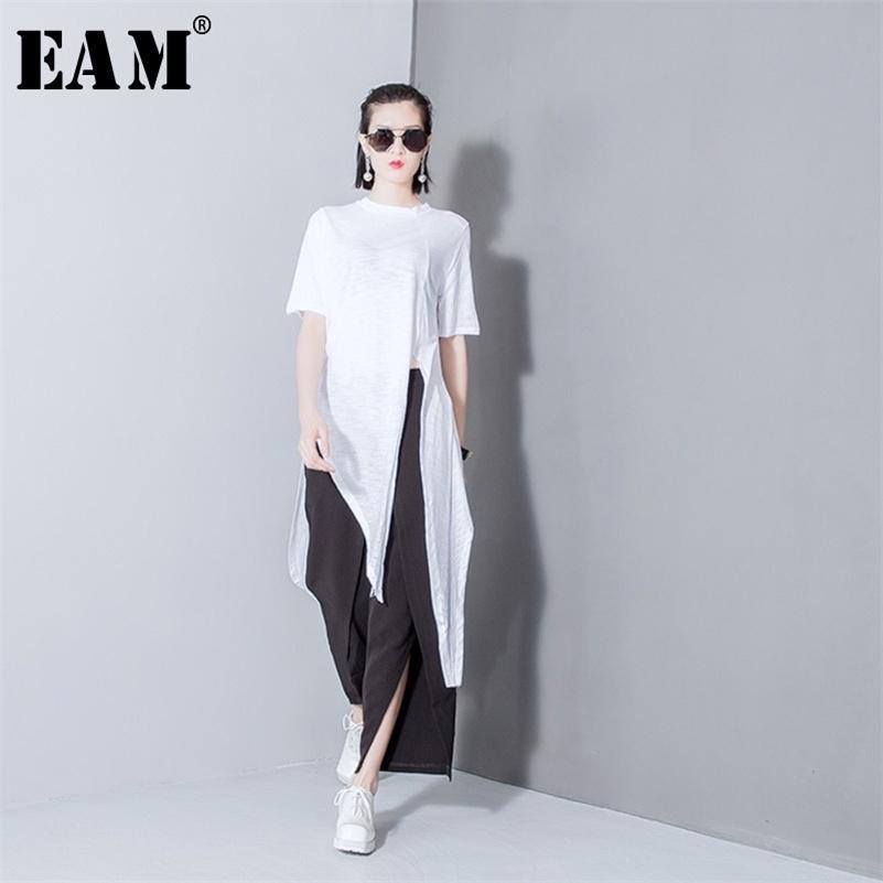 [EAM] Женщины белый сплошной цвет асимметричный вент длинные футболки Новые круглые шеи с коротким рукавом моды прилив весна лето T298 210317