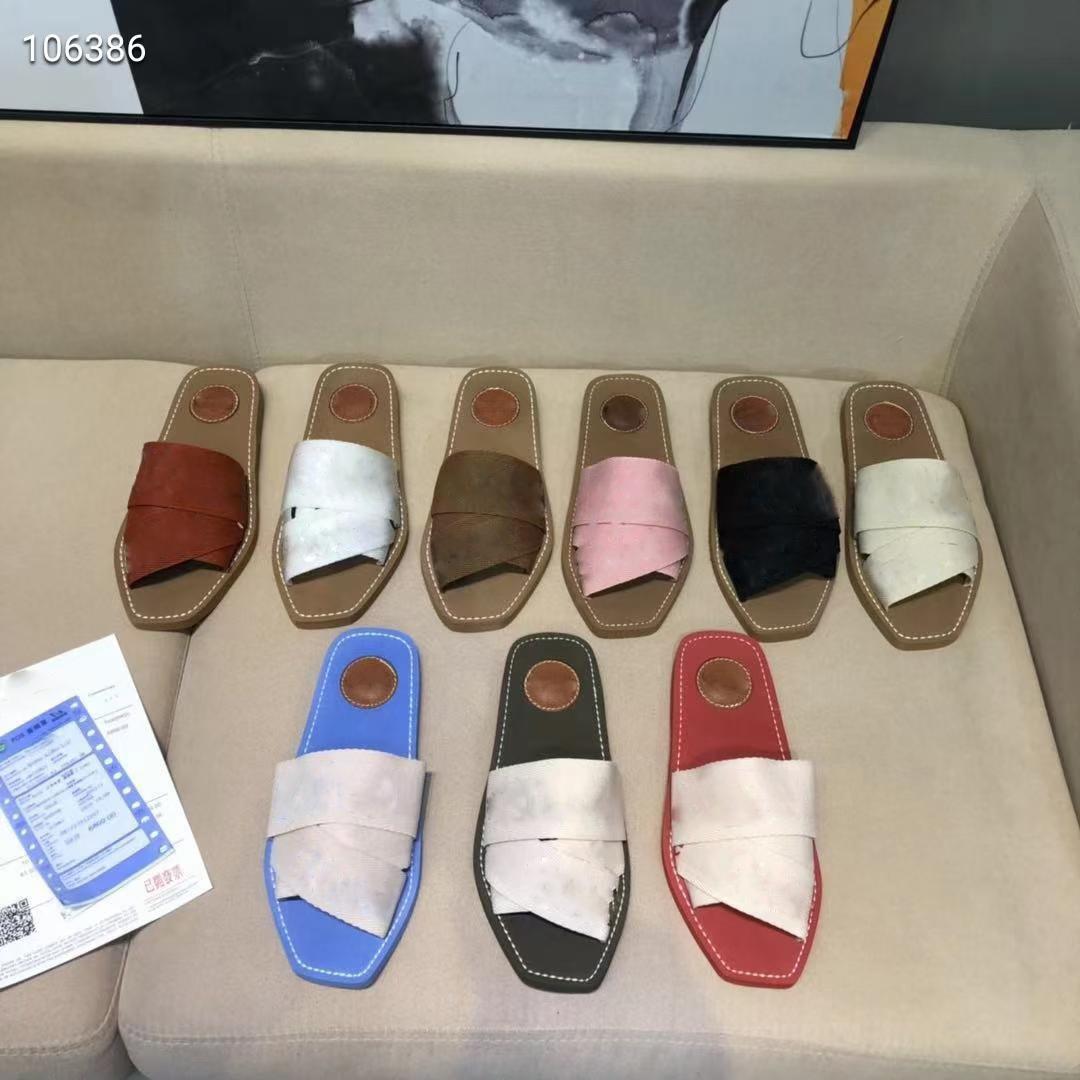 2021 Retro Mektubu Sandalet Ayakkabı Floplar Hakiki Deri Terlik Rahat Bayanlar Düz Terlik Yaz Açık Plaj Loafer Parti Tatil Moda Kadın Ayakkabı