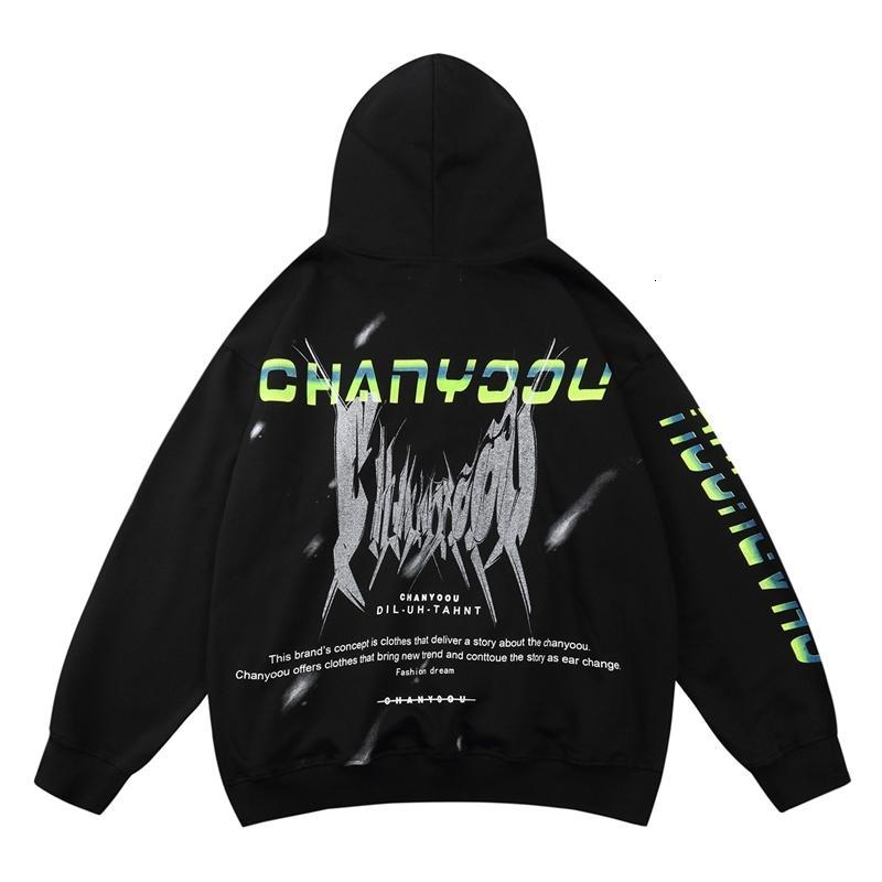 Graffiti Print Sweat à capuche Sweatshirt Hommes 2020 Hip Hop Sweatwear Sweat à capuche Lâche Automne Hiver Pull Tops Hommes Coton Noir