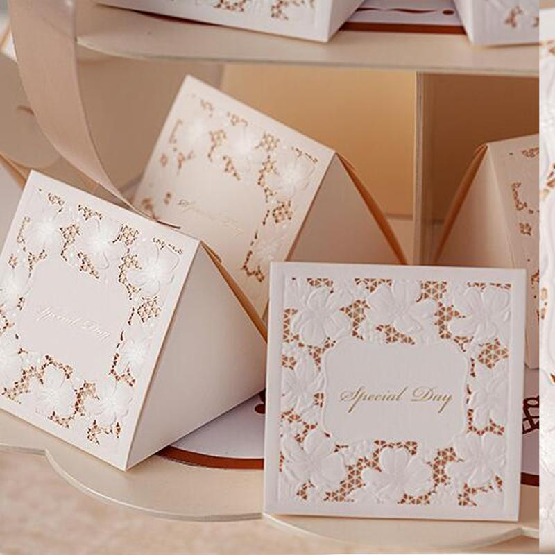 """Chic """"Special Day"""" Candy Box Flower Laser Cut Triangle Wedding Party Favor Holders Wedding Decoration Ceremony Paper Packing Box"""