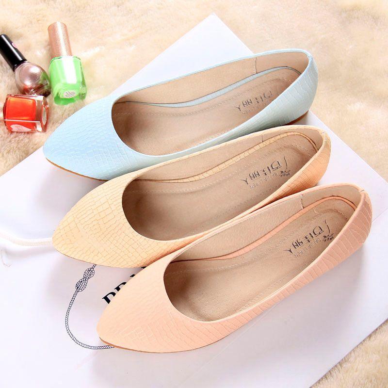 Women Flat Shoes Wholesale