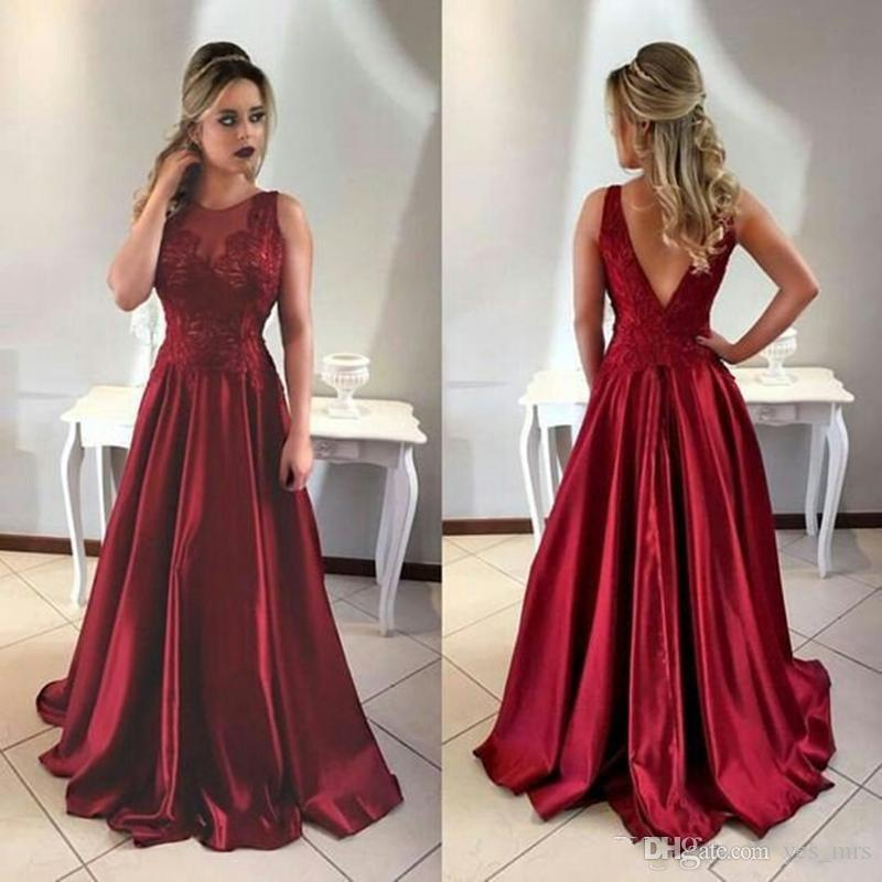 2018 Vestidos de Noite Vestir New Burgundy Vermelho Escuro Jewel Neck Lace Apliques Ilusão V de Volta Longos Vestidos de Baile Plus Size Formal Vestido de Festa