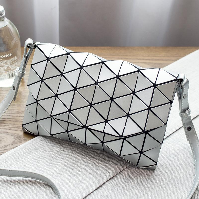 Kadın Mini Zincir Omuz Çantaları Taze Kız Yıldız Üzerinde Kat Zarf Çanta Geometrik BaoBao Çanta Rahat Debriyaj Messenger Çanta