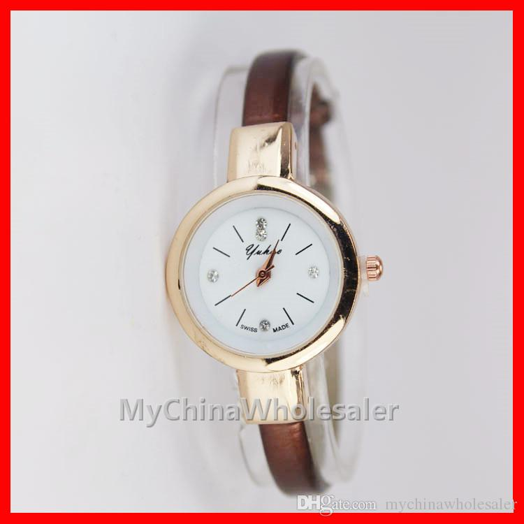 여성 패션 시계 패션 손목 시계 고급 가죽 스트랩 시계 여성 드레스 시계 여성을위한 여성 석영 Relogio 시계 시계