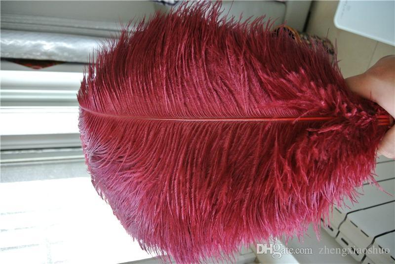 Frete grátis por atacado 100 pçs / lote 16-18 polegada (40-45 cm) burgudy vinho vermelho penas de avestruz para decoração de casamento mesa de centro de mesa de casamento