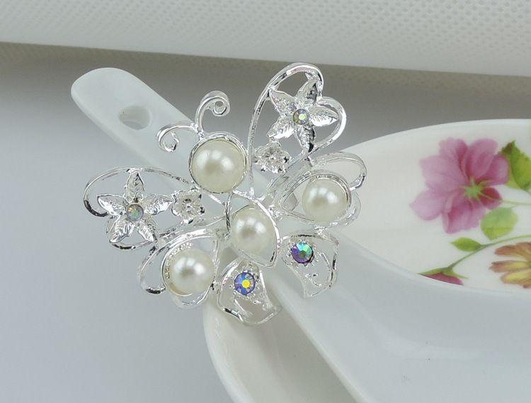 Серебряная бабочка кристалл алмаза салфетки кольца белый жемчуг пластиковые салфетки держатель для свадьбы пользу украшения стола аксессуары