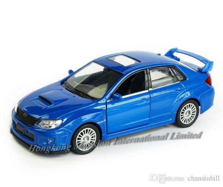 1:36 مقياس دييكاست سبائك معادن موديل السيارة لسوبارو امبريزا WRX STI مجموعة نموذج سحب ألعاب السيارات - الأحمر / الأزرق / الأبيض