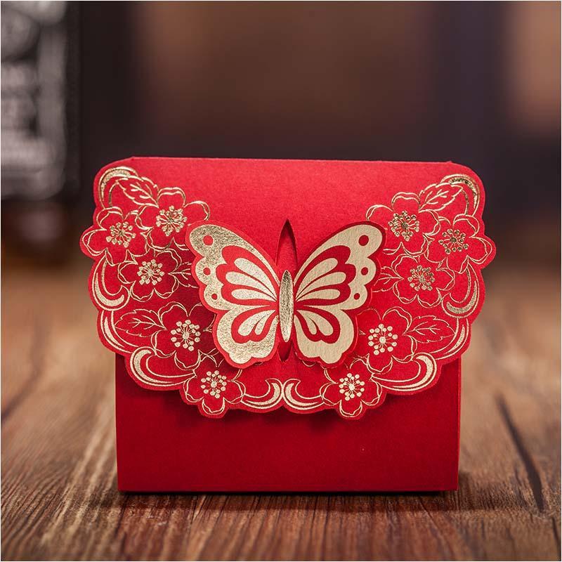 فراشة رخيصة الزفاف الإحسان صندوق الذهب الأحمر كاندي صندوق ورقة هدية مربع للحزب. access تفضل الزفاف وصناديق الهدايا