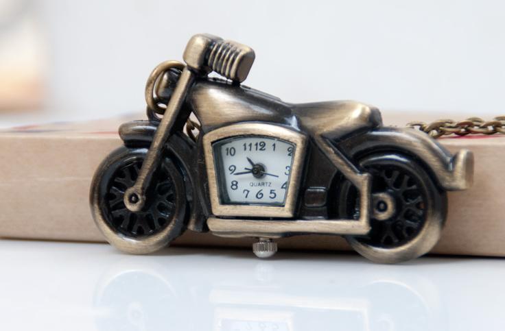 Старинные бронзовые мода кварц дизайн мультфильм старый автомобиль квадратные часы дети студенты ожерелье цепь часы
