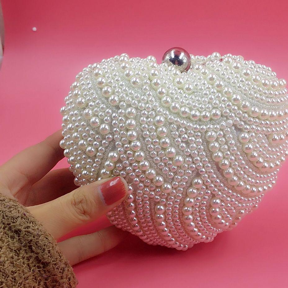 Nette Perlen-Herz-Form-Brauthandtaschen Elfenbein-elegante Abend-Handtaschen-Abend-Kupplungen für die Damen, die Brauttaschen Wedding sind Freies Verschiffen 13 * 15cm