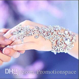 2016 New Wedding Bridal Party Prom Jewelry Crystal Rhinestones Diamonds Bracelet With Ring Wristband Bracelet