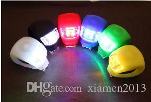 All'ingrosso-NUOVO nero faro stroboscopico fanale posteriore LED Set bici bicicletta sicurezza luminosa SPORT spedizione gratuita