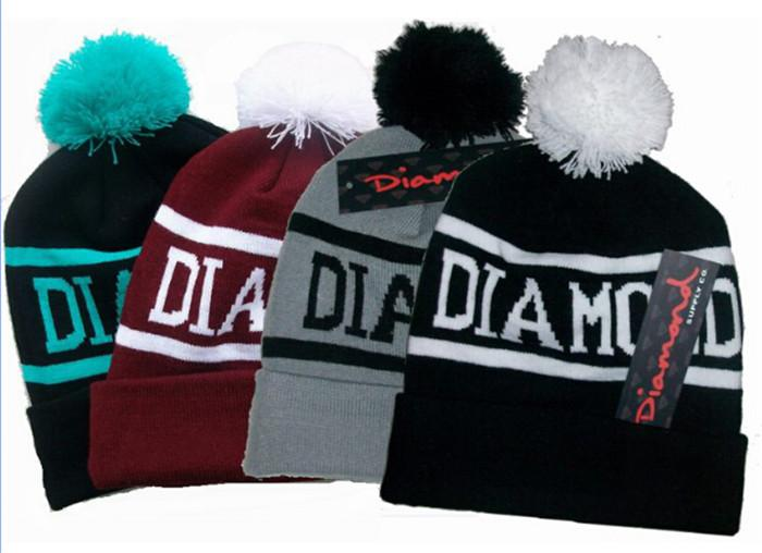 30pcs 4 디자인 힙합 스냅 백 모자 다이아몬드 비니 pom Beanies 사용자 정의 니트 모자 Snapbacks 따뜻한 모자 모자 여성 모자 D348