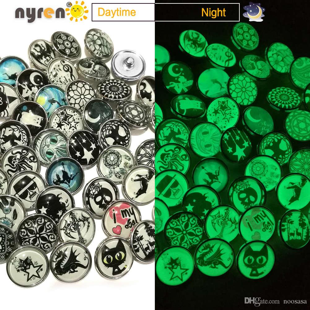 50pcs Mixed lot Multi color Mixed Pattern Luminous Snaps Buttons Charm Glass Snap Jewelry Bracelets Fit 18/20mm DIY Snap Jewelry