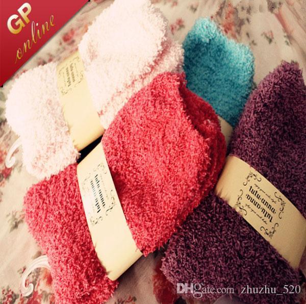 Termiska varma kvinnor fuzzy strumpor med mjukt och tjockt för inomhus golv med flera färger