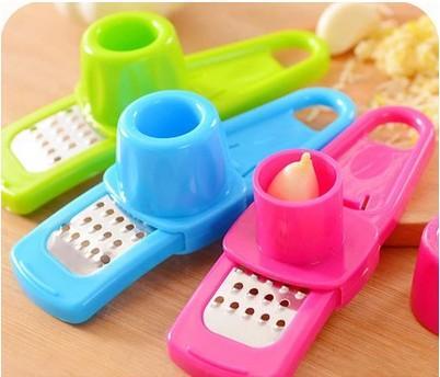 Random Color Cooking tools Kitchen Utensils Accessories Creative Multi Functional Mini Ginger Garlic Grinding Grater Planer Slicer Cutter
