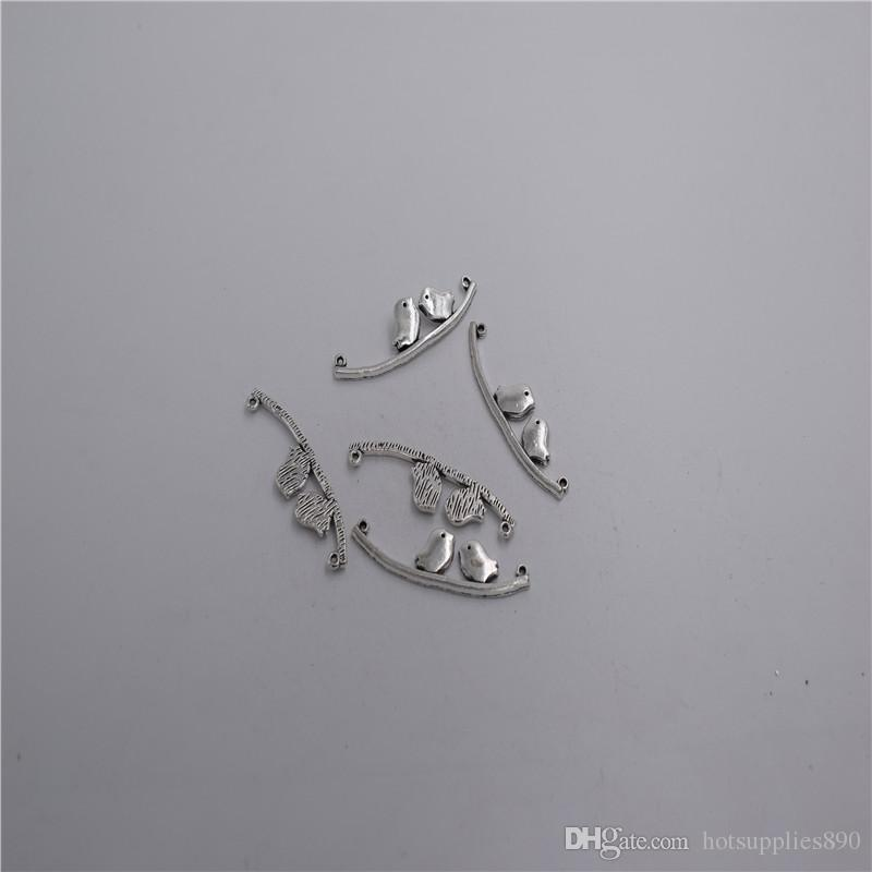 new Materials: zinc metal alloy 41*10mm,loop:1mm 8pcs Antique silver plated 2 hole little bird pendant connector T0102