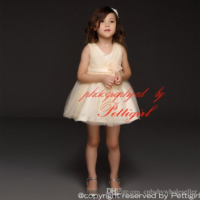 Pettigirl أحدث تصميم فستان زفاف فتاة البيج حزب الاطفال ملابس زهرة القوس بنات الأميرة اللباس الدانتيل تنورة ملابس الأطفال GD40418-1