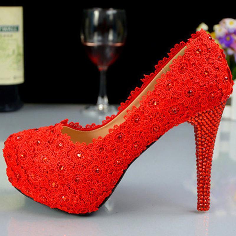أحذية الزفاف الزفاف الأحمر أحذية جلدية من جلد الغزال سيدة حفلة موسيقية الأحذية الدانتيل الزهور أحذية عالية الكعب