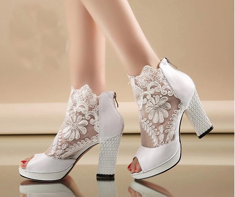 New Fashion Peep Toe Summer Wedding Boots Sexy White Lace Prom Evening Party Shoes Bridal High Heels Lady Formal Dress Shoes